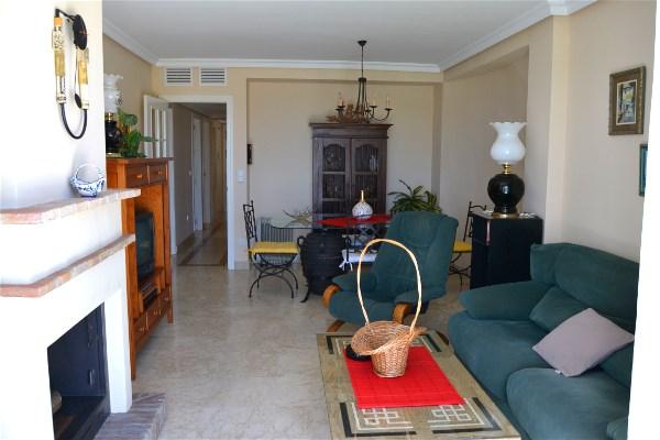 im wohnzimmer und in den beiden schlafzimmern gibt es eine klima anlage ein wifi internet anschlu kann gegen eine gebhr zur verfgung gestellt werden - Fantastisch Marmorboden Wohnzimmer